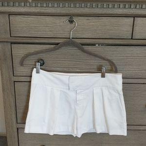 Armani Exchange Pleated White Shorts Size 4